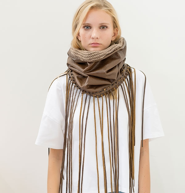 HAND MADE LEATHER SNOOD