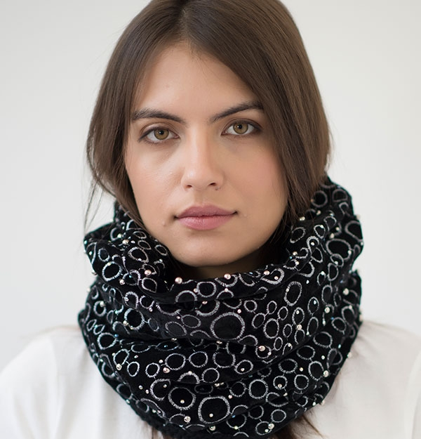 KNITTED EMBELLISHED SNOOD